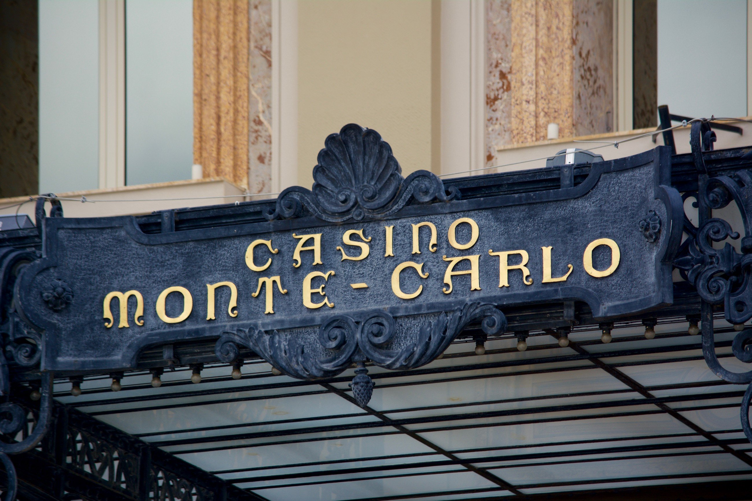 Monte Carlo Simulation: Canadian Tire's Next Quarter Interest Coverage